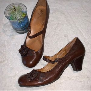 Maya Cara Mary Jane Pump, EUC